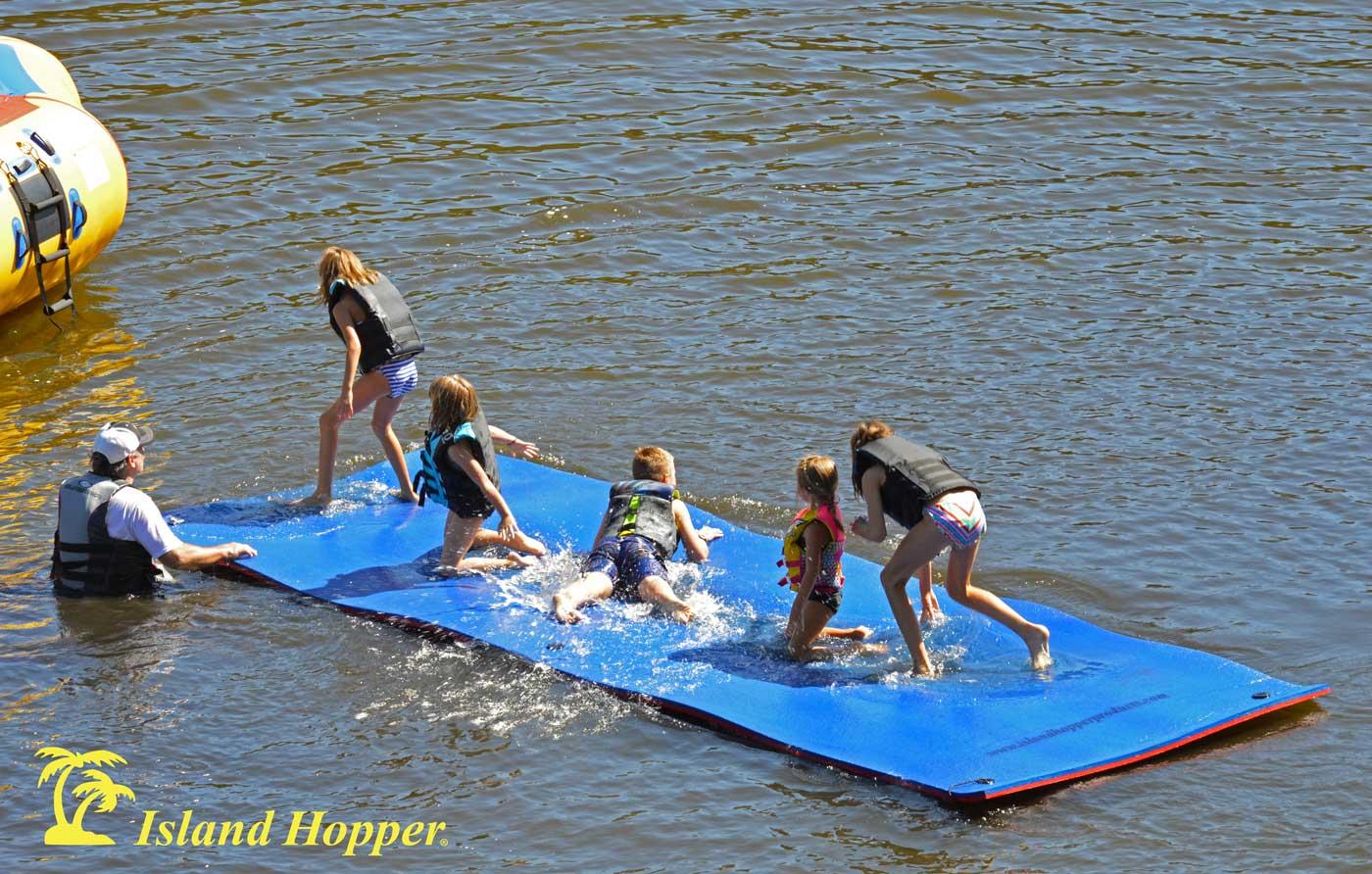 Island Hopper 174 20 Foot Water Walk Floating Foam Mat Super Buoyant Triple Layered Mesh